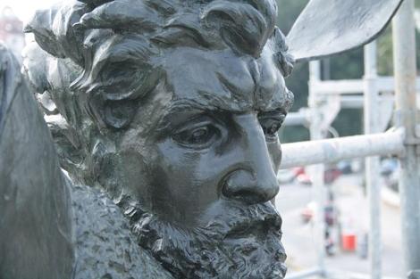 El rostro de la estatua de El Cid, tras la restauración. | Ayto. de Sevilla