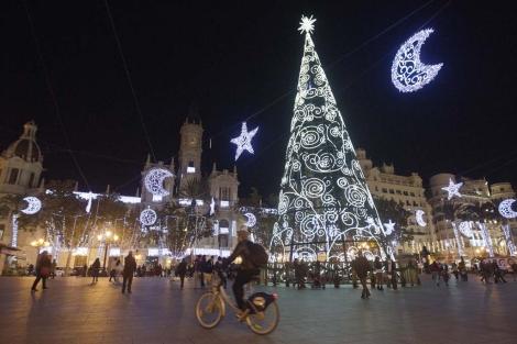 Luces navideñas en Valencia. | Benito Pajares