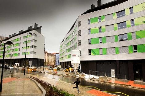 Dos bloques de viviendas terminadas. | EM