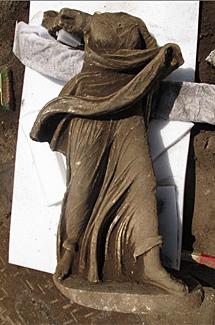 Una de las estatuas de Ciampino.