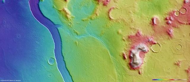 Vista topográfica de Marte. | ESA/DLR/FU Berlin (G. Neukum)