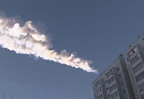 Estela dejada por el meteorito. | Reuters