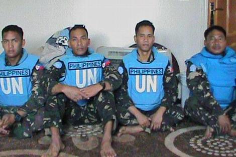 Foto de los cascos azules secuestrados publicada por la Brigada de los Mártiles de Yarmuk. |