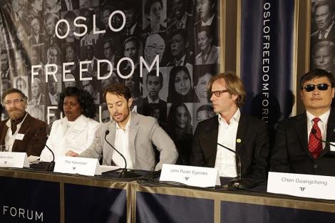 Halvorssen Mendonza inaugura el Oslo Freedom forum , rodeado de célebres activistas. | Afp
