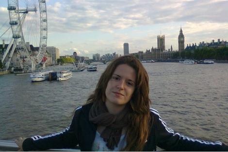 La joven durante un viaje a Londres. | ELMUNDO.es