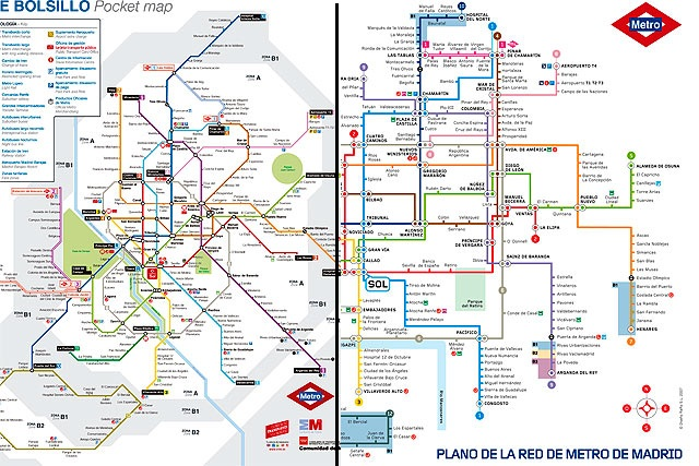 El plano recuperado del Metro de Madrid y el antiguo (dcha.). | E.M.