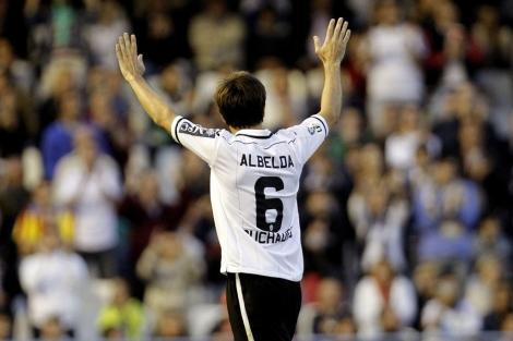 David Albelda, capitán del Valencia C, durante el partido ante el Granada. | Efe