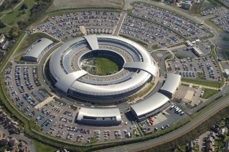 La sede del centro de comunicaciones del gobierno británico.| Reuters