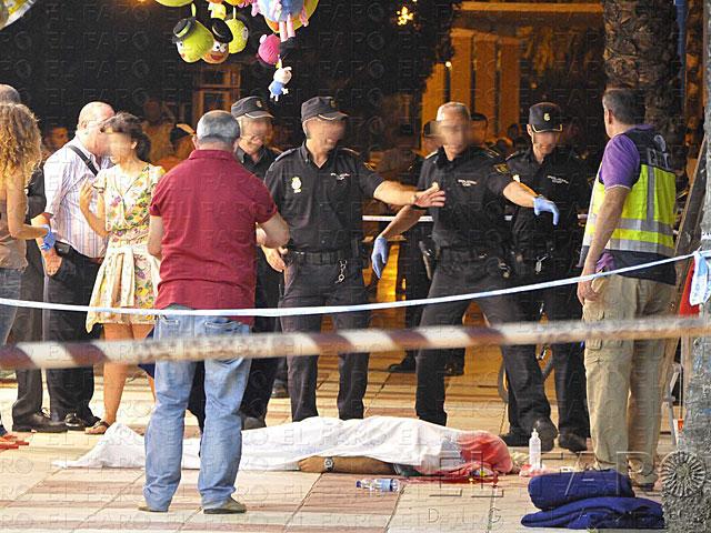 Policía Nacional custodia el cuerpo de 'Tafa Sodia' en pleno centro de la ciudad. | El Faro Digital