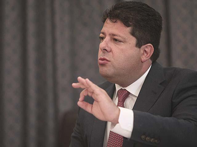El ministro principal de Gibraltar, Fabian Picardo, durante la entrevista con EL MUNDO. | Francisco Ledesma