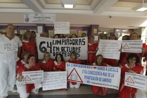 Protesta de trabajadoras de la limpieza en el Hospital de Getafe. | Paco Toledo