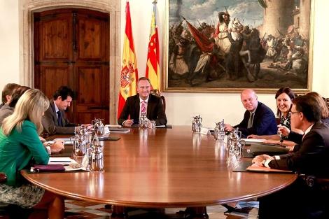 Alberto Fabra preside el pleno del Consell. | GVA