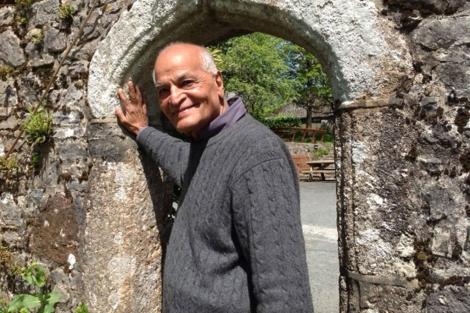 Satish Kumar aboga por un profundo giro en la noción de Economía. | C. F.