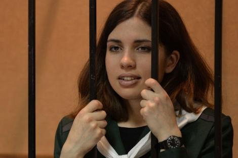 La integrante del grupo punk Pussy Riot Nadia Tolokonikova, durante el juicio. | Afp