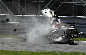 Aparatoso accidente de Kubica en el Gran Premio de Canadá el pasado domingo. Afortunadamente, el piloto salió ileso del mismo.