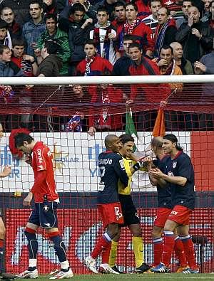 Javier Portillo lamenta el penalti fallado. (EFE)
