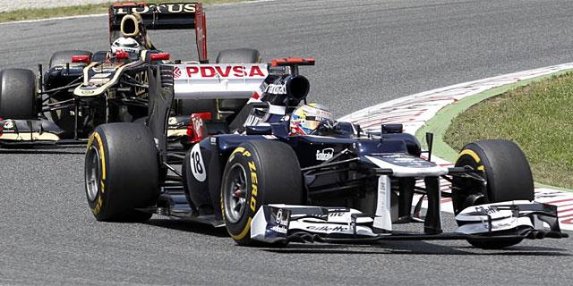 Pastor Maldonado, en acción durante la carrera. (AFP)