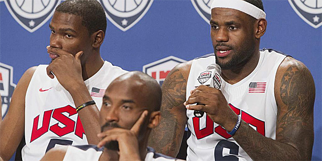 Durant, Bryant y james, en la presentacin del equipo de EEUU. | Reuters