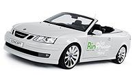 Saab ha sido la primera marca en presentar un modelo híbrido (el 90-3 Biopower Hybrid) que además monta un motor de etanol puro.