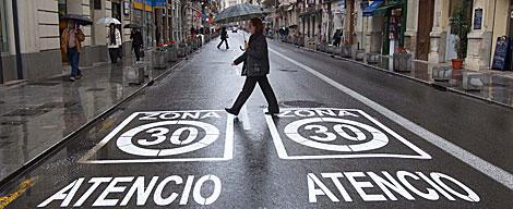 Limitación de velocidad en Valencia. Foto: Benito Pajares