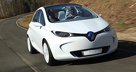 Al volante del Zoe, un nuevo Renault eléctrico