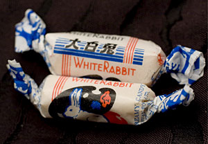 Caranelos de la marca White Rabbit contaminados con melamina. (Foto: Adrian Bradshaw | EFE)