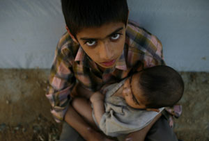 Niños en un campamento de Pakistán. (Foto: EFE)