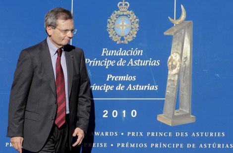 Rafael Matesanz, a su llegada a Oviedo. | Efe