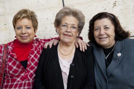 Helena, Celines y Carmina, tres ex cuidadoras de un familiar con Alzheimer. | Bernardo Díaz