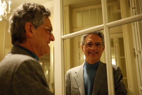 Entrevista: 'El instinto de la felicidad funciona incluso en las situaciones más difíciles' dice Luis Rojas Marcos