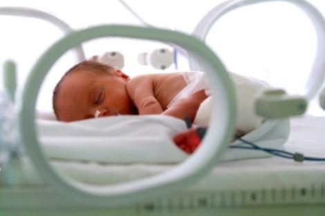 Bélgica: partos prematuros disminuyen desde la aplicación de ley antitabaco