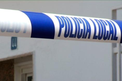 Precinto policial por un caso de violencia de género.| EM