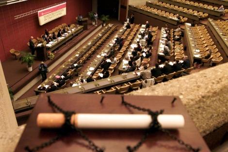 Una de las sesiones de la convención internacional de lucha contra el tabaquismo. | L. Gillieron