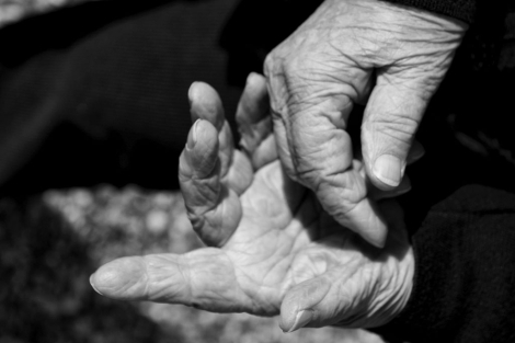 Los cambios en el ADN materno influyen en el envejecimiento. | Neus Catalá