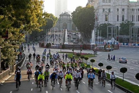 Marcha ciclista en Madrid.| Efe