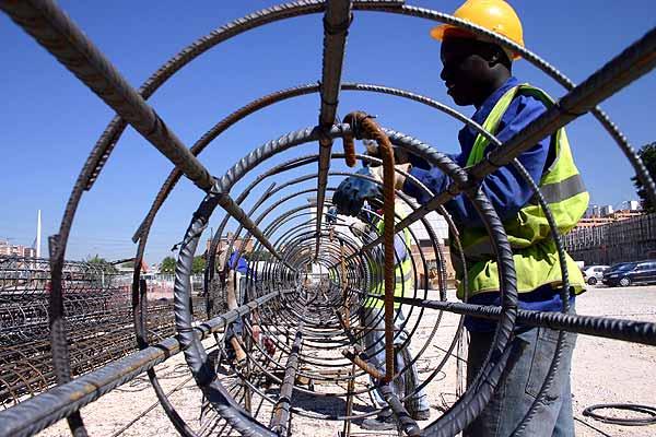 inmigrantes en el sector de la construcción