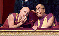 Matthieu Ricard con el Dalai Lama. Es el nico europeo que sabe tibetano clsico.